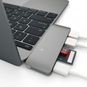 Satechi USB-C Pass Through USB Hub – 3-i-1 hub. Kompatibel med Nya MacBooks, tillåter laddning!